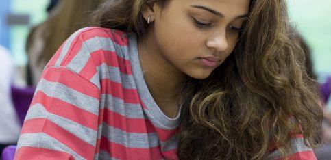 Les réseaux sociaux augmenteraient la dépression et la solitude