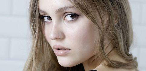 Retour sur l'évolution beauté de Lily-Rose Depp