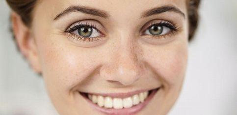 Schön mit Snukieful: Trendiges Make-up mit betontem Unterlid