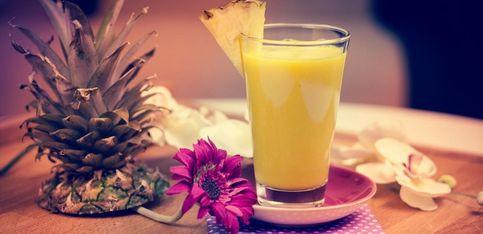 Fruchtig, gesund & lecker: Der Ingwer-Ananas Smoothie ist gut zum Bauch!