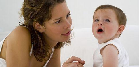 Comment calmer bébé quand il pleure?