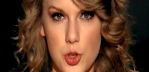 Taylor Swift se cuela en la boda de los Kennedy