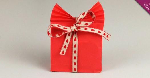 C mo envolver un regalo original - Envolver regalos original ...