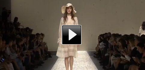 Blugirl: il video della sfilata Milano fashion week p-e 2013