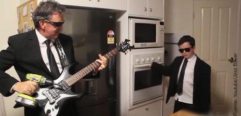 ¡Una versión del tema principal de Pulp Fiction con electrodomésticos!
