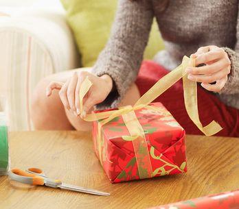 Envoltorio de regalo con forma de abanico: ¡dale a tus regalos un toque original!