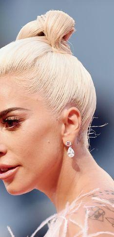 Zoom sur les beauty looks élégants et inspirants de Lady Gaga