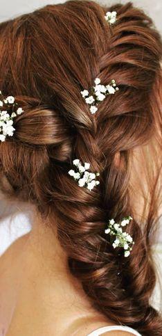 30 inspirations de coiffures tressées pour la mariée