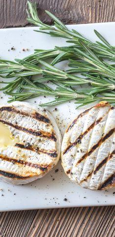 Le fromage au barbecue : le plein d'idée pour faire griller vos fromages préférés