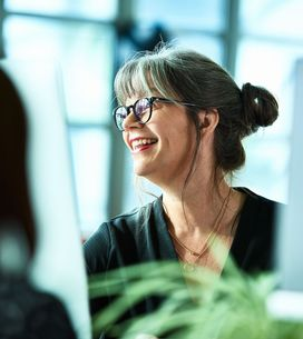 Empodera a tus compañeras: frases para mujeres en el trabajo