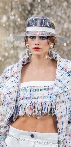 El tweed y el PVC, la apuesta de Chanel para la próxima temporada en PFW
