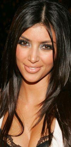¡Kim Kardashian cumple 39 años! Repasamos su increíble transformación física