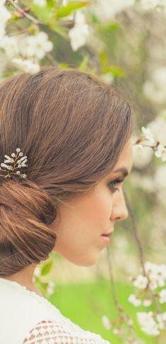 Las mejores ideas de peinados de novia para pelo liso