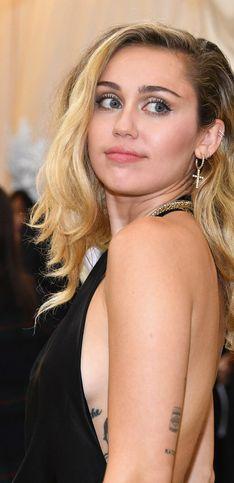 Miley Cyrus cumple 26 años