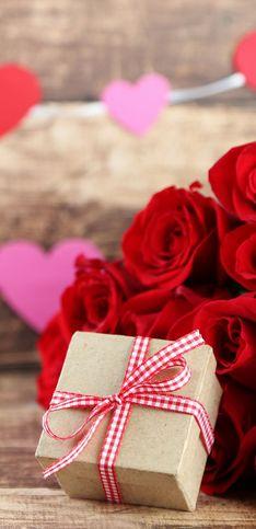 Cosa regalare a San Valentino: idee regalo originali per lei