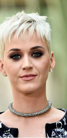 Acconciature da star. Duecento idee di tagli di capelli scelti dalle celebrities