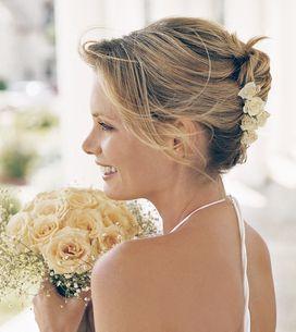 Acconciature da sposa: i raccolti più chic per il giorno del tuo matrimonio!
