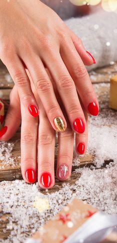 Unghie natalizie: ecco le più belle nail art ispirate al Natale!