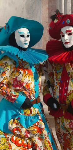 Costumi Carnevale coppia: idee originali e divertenti per travestirti con il tuo partner!
