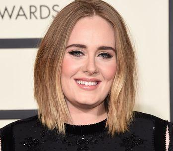 Raffinata, di classe e dalla voce unica: l'evoluzione di Adele