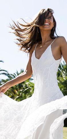 Zum Verlieben: 35 umwerfende Brautkleider für die Sommerhochzeit