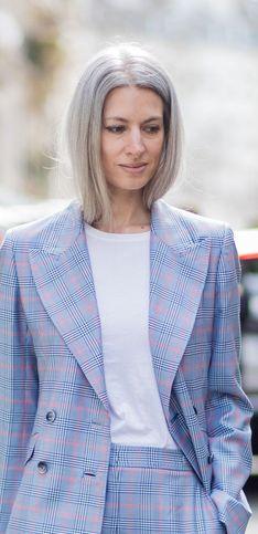 Grey is the new Black: Die schönsten Frisuren für graue Haare