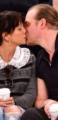 Neue Promi-Paare: Diese Stars sind frisch verliebt