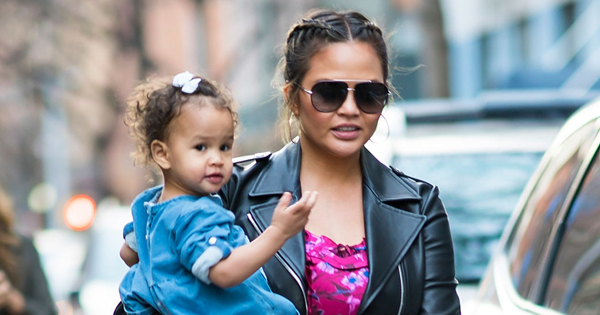 Promi-Mütter: Diese Stars sprechen ehrlich übers Mama-Sein