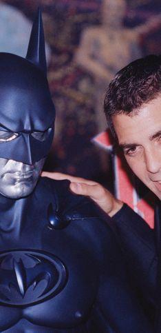 Von Clooney bis Bale: Diese Stars haben Batman schon gespielt