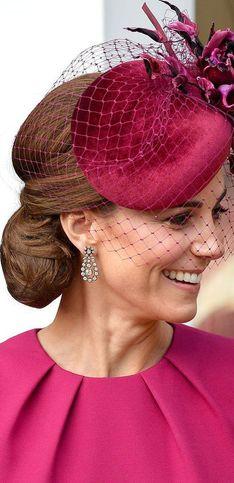 Königliche Kopfbedeckung: Die schönsten Hüte der Royals