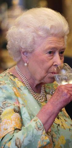 Queen Elisabeth II.: Überraschende Dinge, die nur ihr erlaubt sind