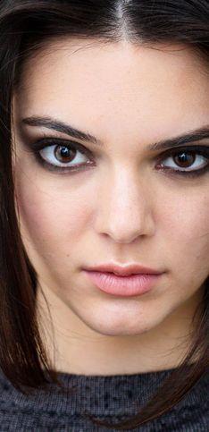 Braune Augen schminken: Angesagte Make-up-Looks von klassisch bis glamourös