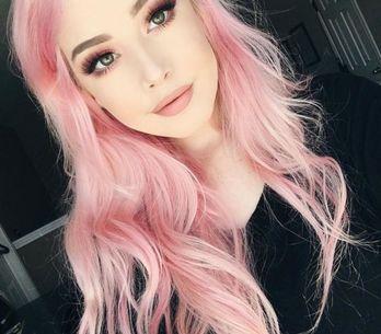 Que tal combinar o make com seus cabelos coloridos?