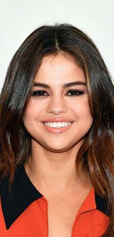 Selena Gomez's Hair History: Her Best Brunette Moments