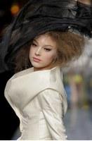 collection Dior haute couture printemps-été 2009 © Sipa