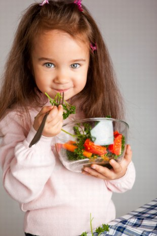 Des légumes à la cantine © istockphoto