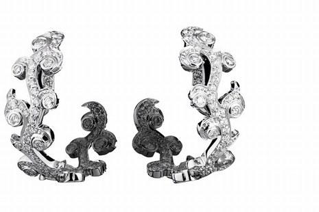 Boucles d'oreilles © Lorenz Bäumer