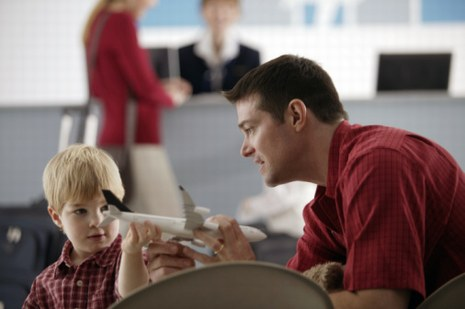 Prendre l'avion avec un enfant