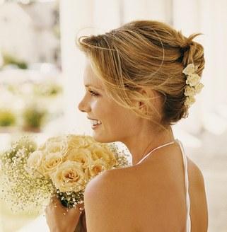 Une coiffure pour la plus belle des mariées