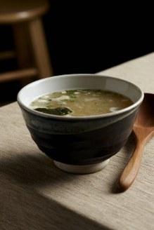 Recette japonaise: soupe miso