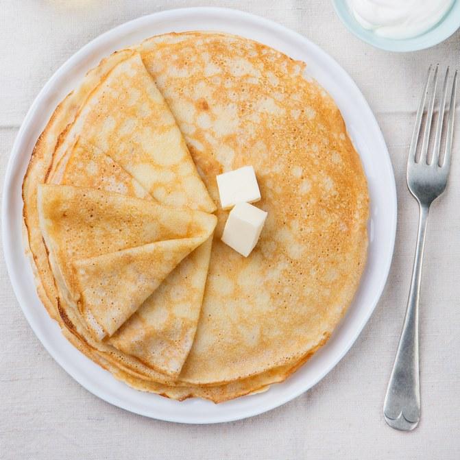 © Recette de pâte à crepe légère Istock