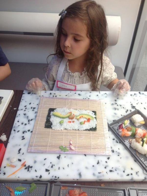 Des pros du sushi grâce au Sushi Kid Tour (ateliers gratuits).