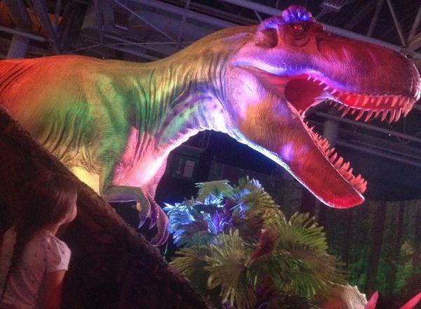 De l'ère des dinosaures à l'ère de glace: l'expo impressionnante!!
