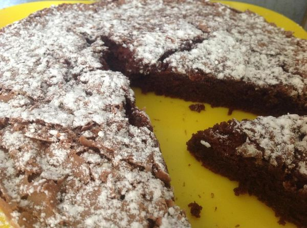 LE gâteau au chocolat du goûter: fondant ET moëlleux!!