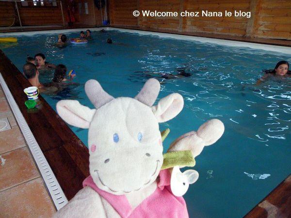 (Défi) Doudou en vacances : A la piscine