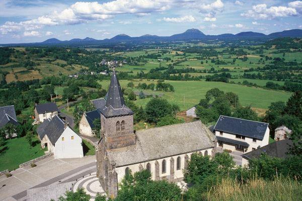 Marché de Pays à Rochefort-Montagne