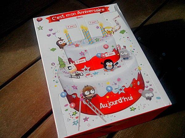 La boite à cadeaux Kinder : anniversaire