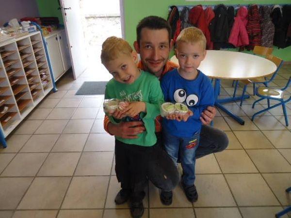 Quand Les macarons de Bastien se déplace dans notre école de village!!!!