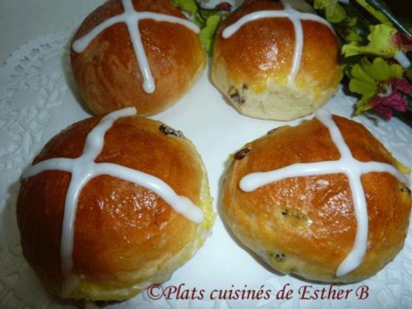 Les brioches du Vendredi Saint.