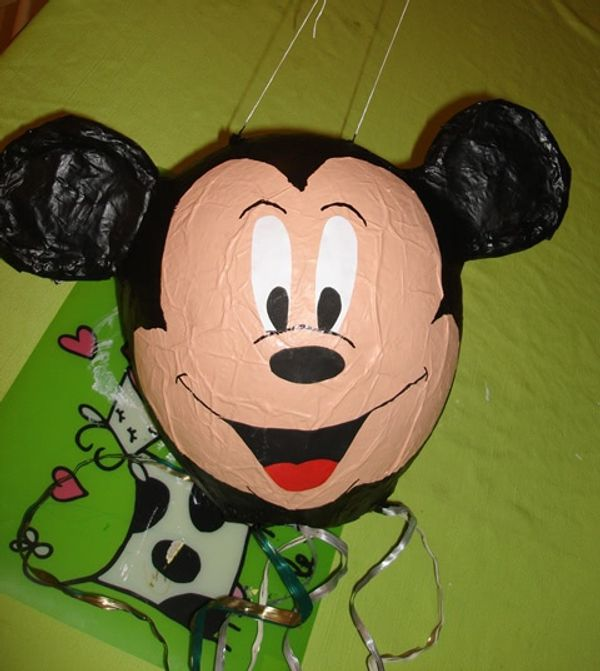 {TUTO} Fabriquer sa pinata Mickey maison
